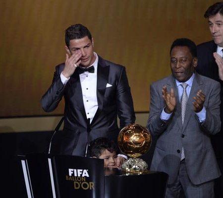 Слёзы Роналду и Пеле. Золотой мяч ФИФА-2013. Все результаты церемонии