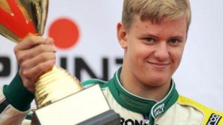 Сын Шумахера продолжит карьеру в «Формуле-4»
